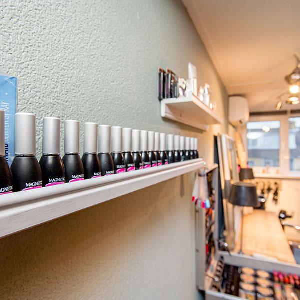 Stijlvol-haar-en-meer-manicure-1